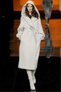 Зимнее женское пальто с капюшоном 2