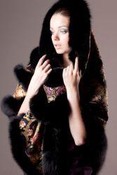Зимняя одежда из павлопосадских платков