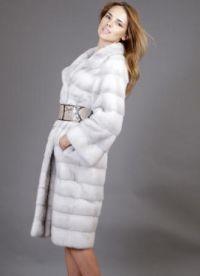 зимняя верхняя одежда 9