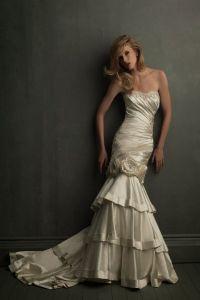 свадебные платья золотого цвета 1