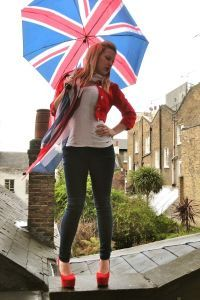 Зонт как часть образа 9