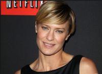 В политическом проекте Netflix Райт играет супругу президента США